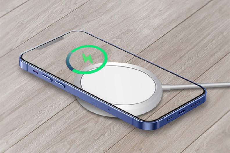 Si tienes un iPhone 12 este cable es el accesorio perfecto